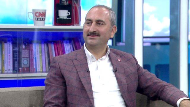 Bakan, komşusunu döven Halil Sezai'nin neden önce serbest bırakılıp sonra tutuklandığına açıklık getirdi: Görüntüler sonradan ortaya çıktı